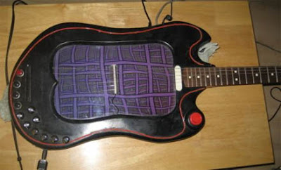 guitar modded laptop with music visualizer