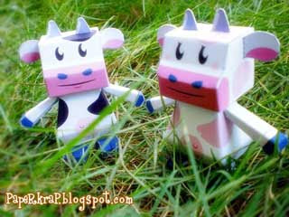Sapi Paper Toy