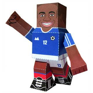 Thierry Henry Papercraft