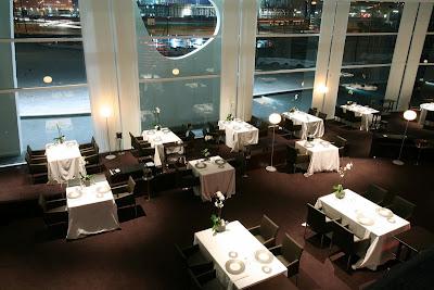 El salón del restaurante Nuclo
