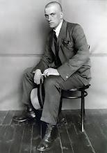 ALEXANDRE RODTCHENKO (photo du poète VLADIMIR MAÏAKOVSKI)