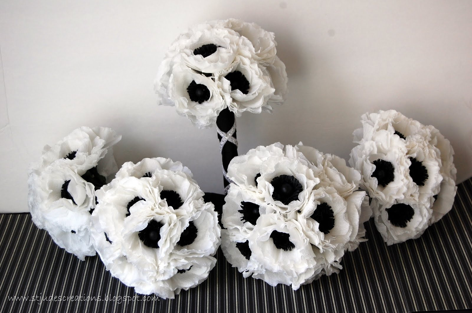 Black and white wedding anemone wedding order handmade paper black and white wedding anemone wedding order mightylinksfo