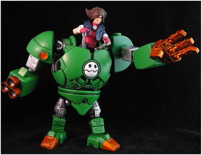 """Dr. Wily and Tron Bonne custom action figures by John """"Jin-Saotome"""" Mallamas"""