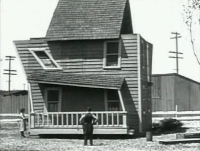 Buster Keaton. One Week. Deformed model house