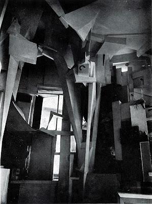 Kurt Schwitters. Merz House / Merzbau