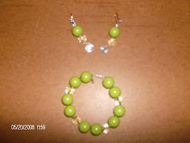 Conjunto de pulseira e brincos