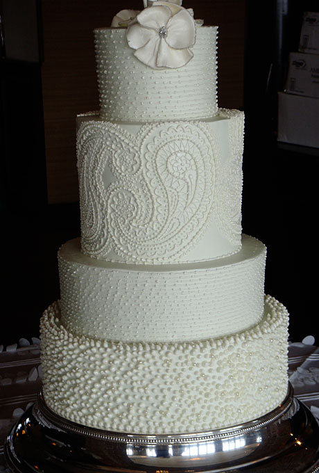 Insane paisley by Wedding Cakes by Jim Smeal