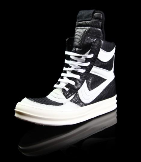 http://2.bp.blogspot.com/_4Rlflkydjb8/TNtn_CqNrxI/AAAAAAAAA_8/alpb_o7UEjU/s640/rick-owens-antonioli-sneakers-1-469x540.jpg