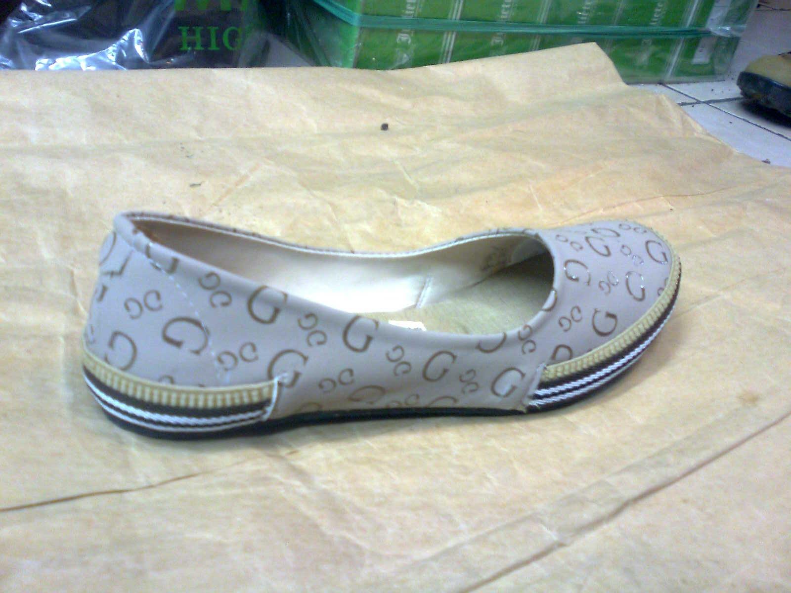 Sepatu Feliza