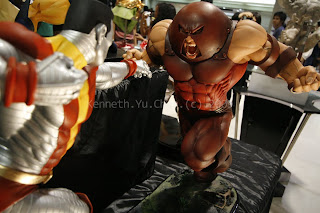 metrocomicon 2009, colossus vs juggernaut, toys, kenneth yu chan photography, kenneth chan photography
