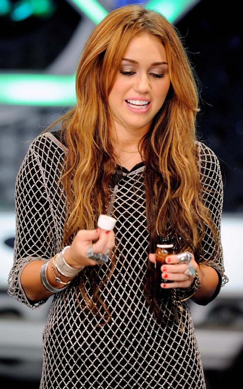 miley cyrus hair colour. Miley+cyrus+hair+colour+in