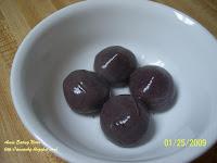 紫糯芝麻湯圓
