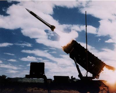 Estados Unidos reforçam arsenal antimíssil ante o Irã