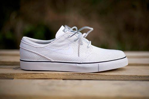 SAST en ligne Nike Zoom Sb Stefan Janoski Blanc Cuir Perf sneakernews 6x4tFLRWd