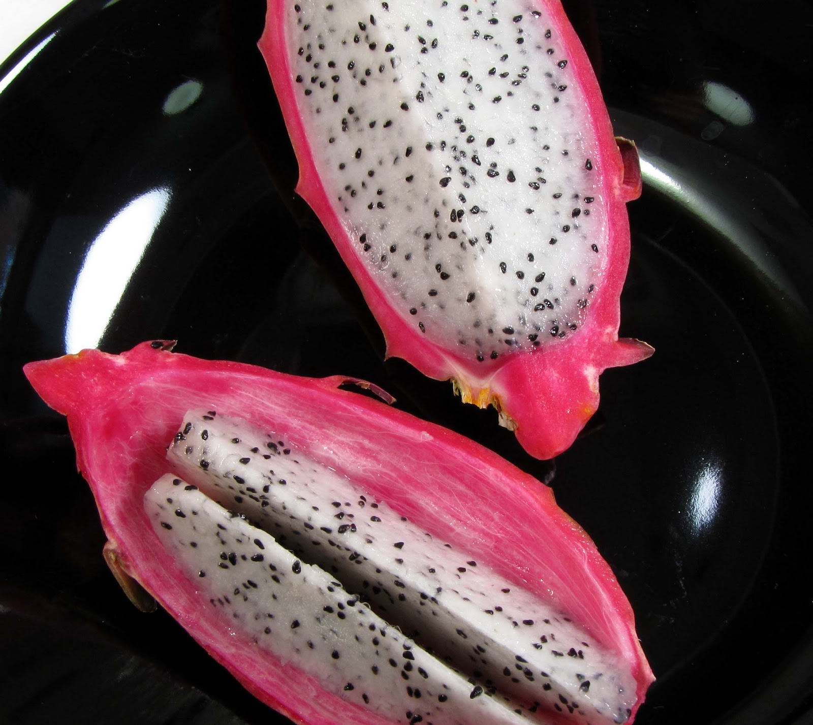Eat Dragon Fruit Wikihow The Taste Is Mild And Pleasant, Not Too Sweet, And