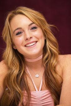 Lindsay Lohan Enters Rehab