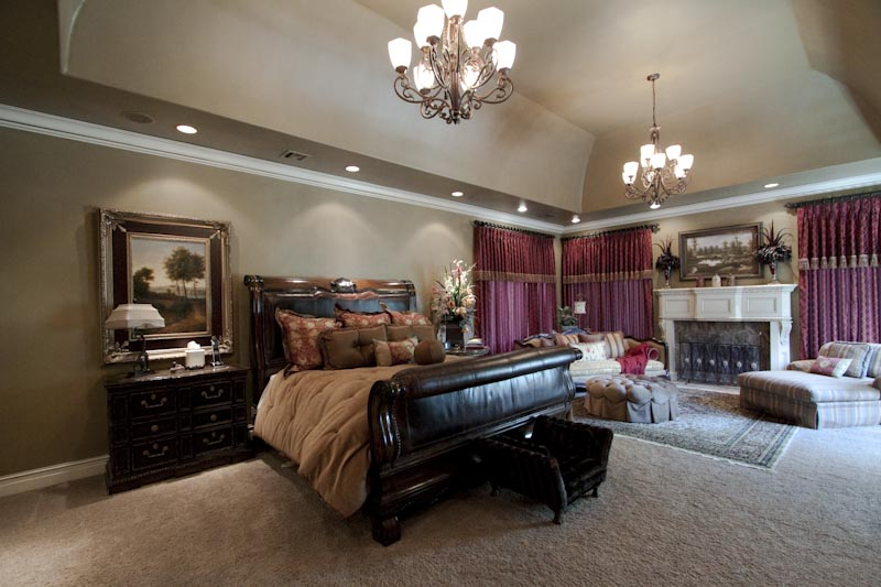 tulsa luxury real estate south tulsa area luxury home for sale custom luxury master bedroom - Luxury Homes Master Bedroom