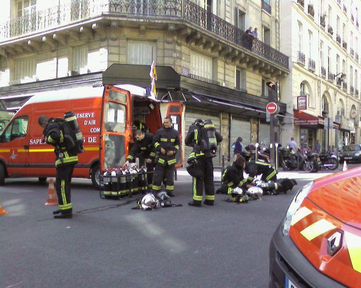 incendie d 39 un parking souterrain en plein paris ghetto infoo idf. Black Bedroom Furniture Sets. Home Design Ideas