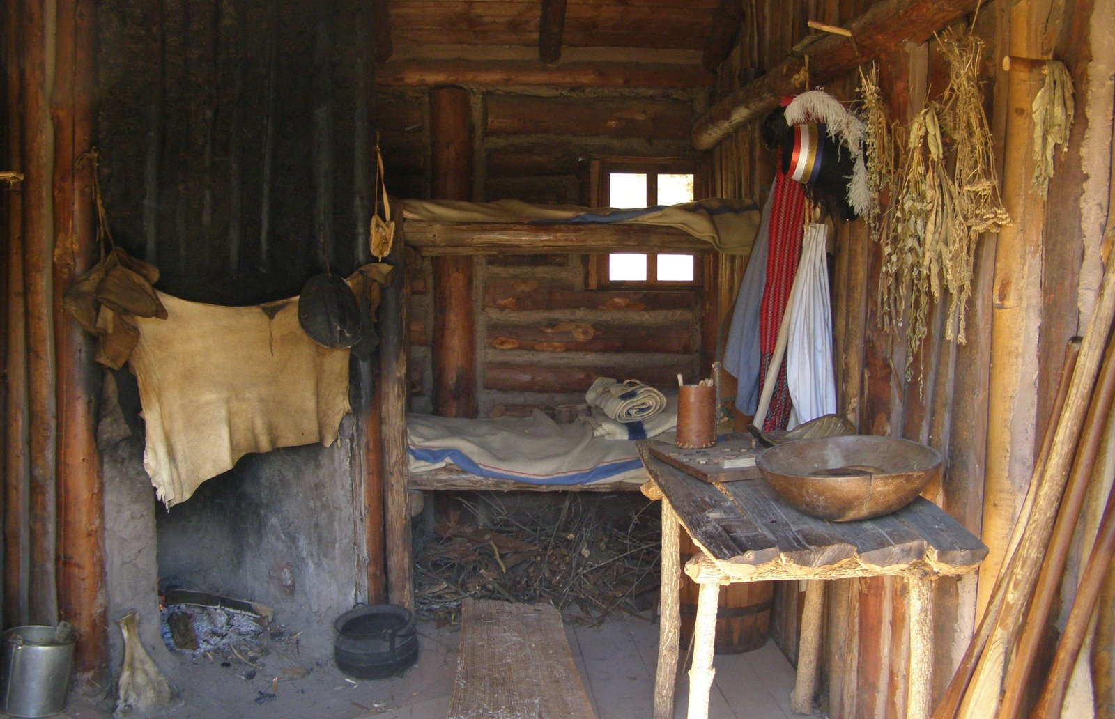 fur post living quarters