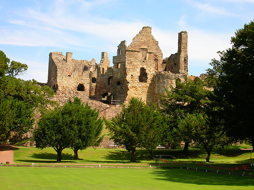 dirleton castle, scotland