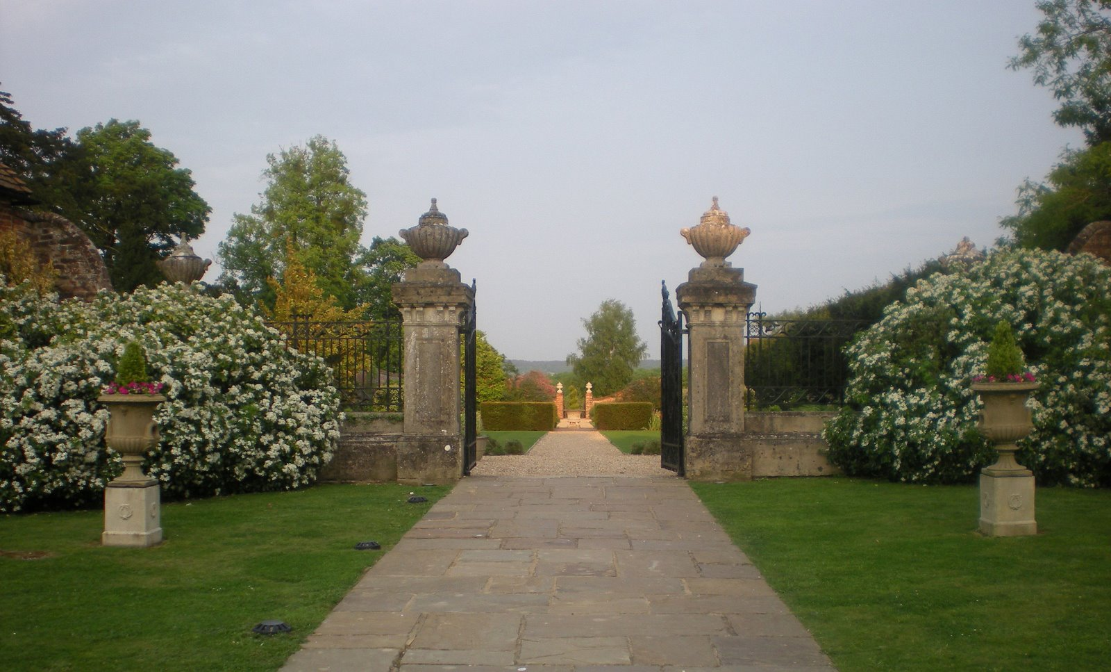 walled garden, dogmersfield park, hampshire