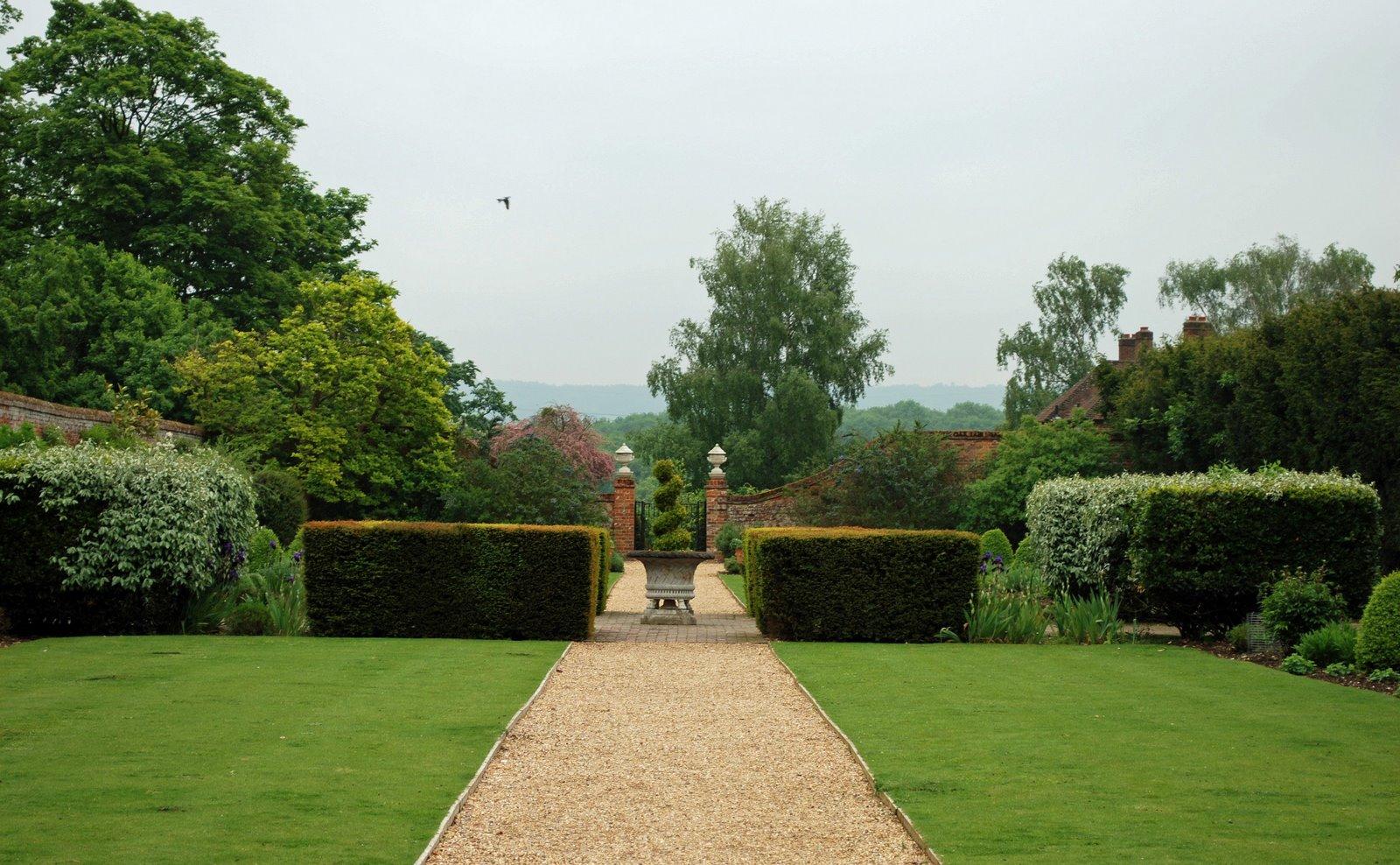walled garden, dogmersfield park, hampshire