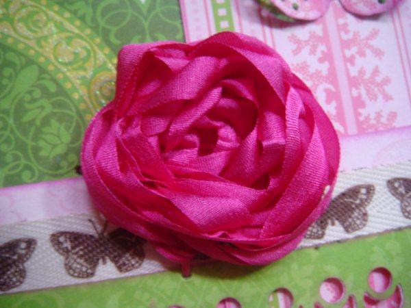 Роза из широкой атласной ленты своими руками