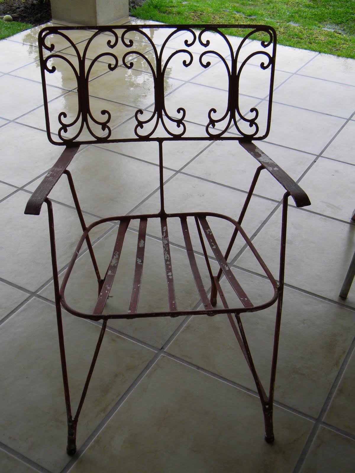 Tienda de garage encontrados par de sillas antiguas de for Sillas hierro jardin