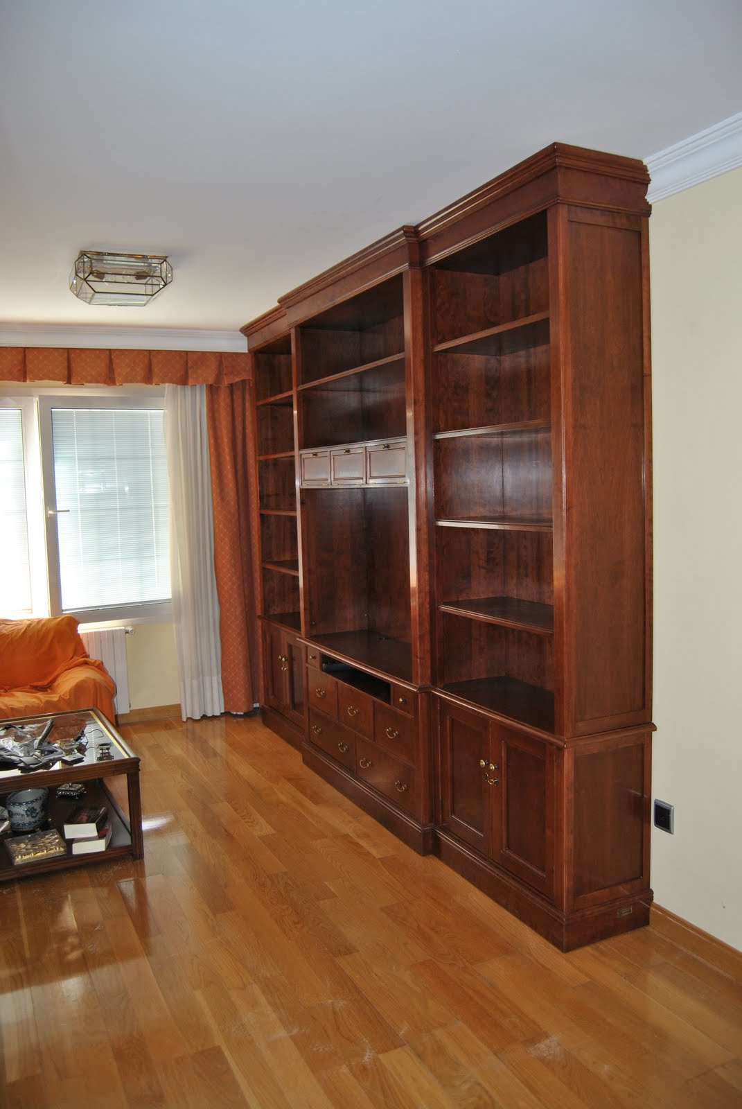 Ebanista mueble de sal n a medida for Medidas mueble salon
