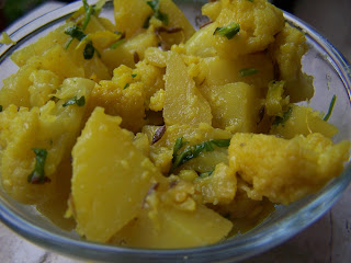 Aloo Gobhi with ginger and green coriander, potato and cauliflower dish