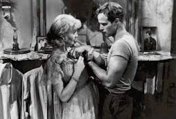 Vivian Leigth and Marlon Brando in Blance Dubois