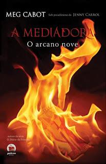 A Mediadora: O Arcano Nove
