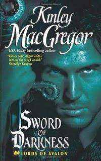 Os Senhores de Avalon: A Espada Escura