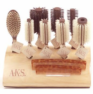 Salon AKS Brushes