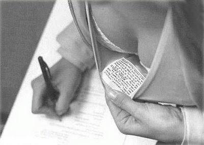 copia examen Los profes no podrán retirar el examen del que pillen copiando