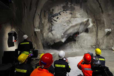 tunel suizo 3 El tunel más largo del mundo