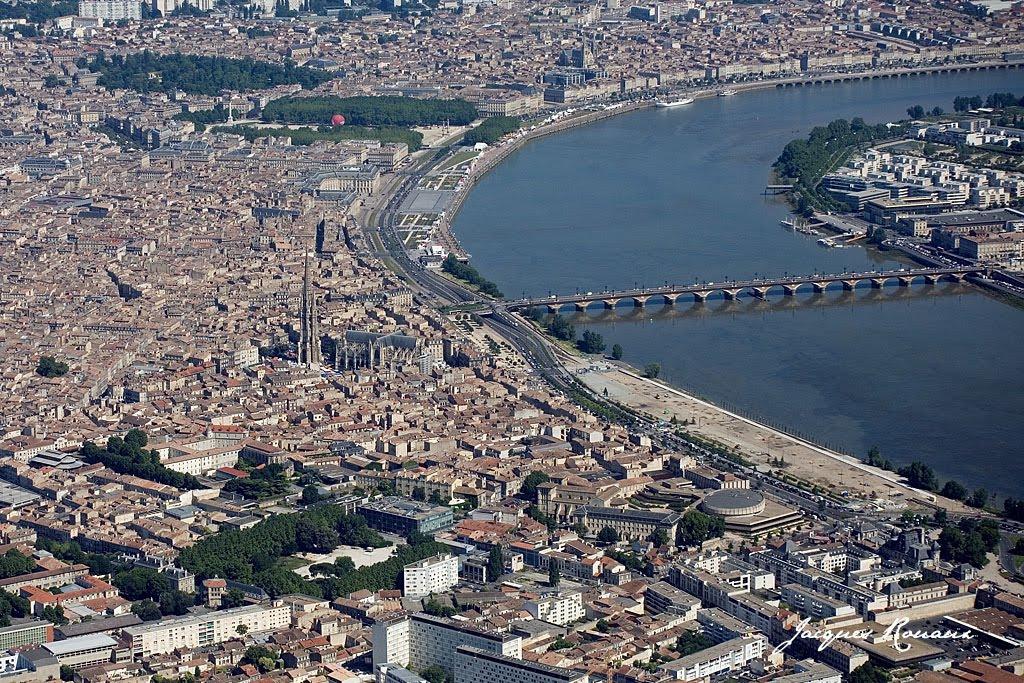 Vis le architecture urbanisme paysage patrimoine for Piscine a bordeaux