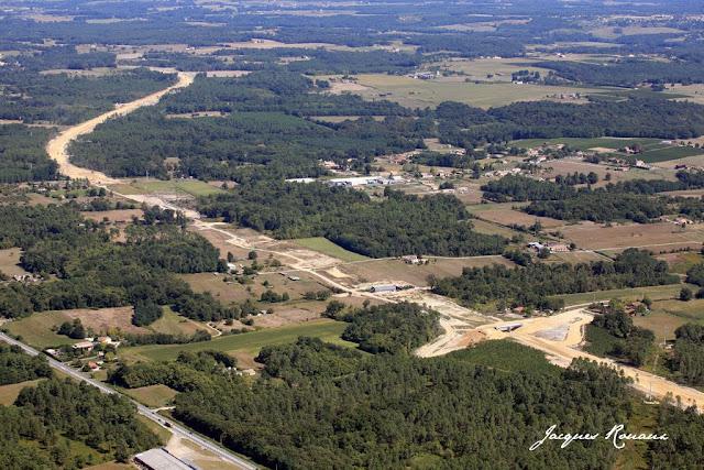 vue aérienne de l'autoroute A65 Langon Pau