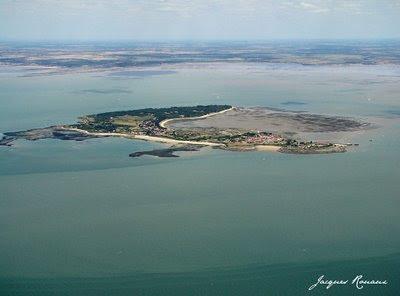 Vue aérienne de l'Ile d'Aix en Charente Maritime