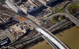 Photo aérienne du raccordement du nouveau pont SNCF à la gare Saint Jean de Bordeaux