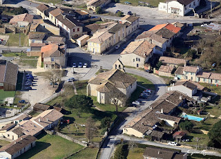 Vue aérienne de l'église de Saint Morillon