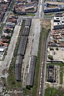 vue aérienne anciens hangars sncf rive droite de bordeaux quartier bastide