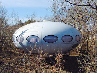 'Architecture - Futuro UFO' by watz on Flickr
