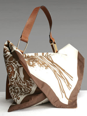 De Couture Print Flap Over Bag