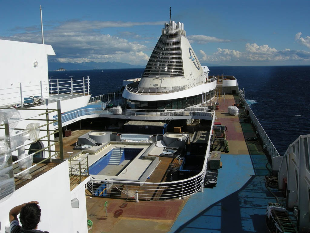 Goldring Travel's Making Waves - Candid Cruise & Travel Information ...