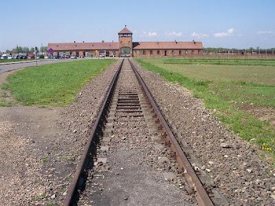[holocausto+11.jpg]
