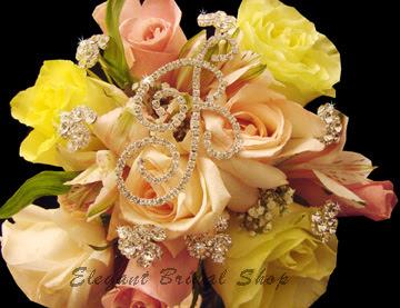 http://2.bp.blogspot.com/_4l93ASLfebI/RwSrtootNpI/AAAAAAAAAP8/ekRauiI6hQ4/s400/bouquet%2Bbling.jpg