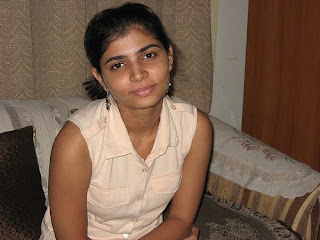 pretty-hot-sexy-tamil-telugu-singer-indian-desi-celebrity-playback-voice-tv-actress-anchor-host-chinmayi-chinmayee