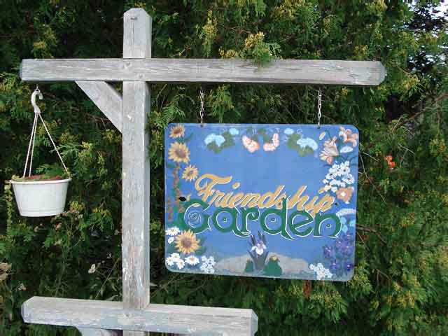 """""""Friendship Garden"""""""