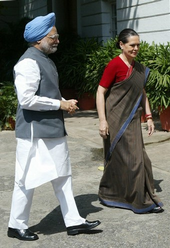 Sonia Gandhi &amp; Manmohan Singh